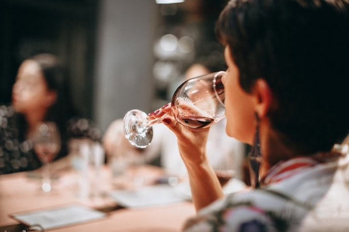 How to Taste Wine Taste Step